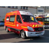 "1/43 MERCEDES-BENZ SECOURS POMPIER MERCEDES-BENZ SPRINTER VSAV ""BMPM"" VERSION PARE-CHOC BLANC-ALERTE0078A"