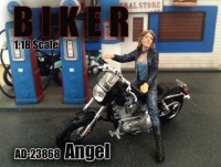 1/18 FIGURINE MINIATURE DE COLLECTION Figurine Biker Angel (moto non inclus)American DioramaAMD23868