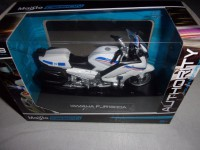 1/18 MOTO MINIATURE DE COLLECTION  FORCES DE L'ORDRE POLICE YAMAHA FJR 1300 A MAISTO39056