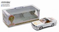 1/18 VOITURE MINIATURE  FORD MUSTANG II KING COBRA 1978 BLANC/OR-GREENLIGHT