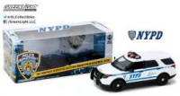 "1/18 VOITURE FORCES DE L'ORDRE FORD POLICE INTERCEPTOR ""NEW YORK POLICE DEPARTMENT"" (NYPD) 2015-GREENLIGHTGREEN12973"