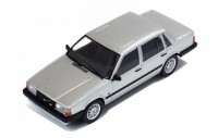 1/43 VOITURE MINIATURE DE COLLECTION Volvo 740 Turbo argent-1985-IXO PREMIUM-X