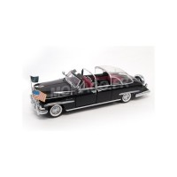1/24 LINCOLN CONTINENTAL COSMOPOLITAN BUBBLE TOP 1950-LUCKY DIE CAST-LUCKY24058