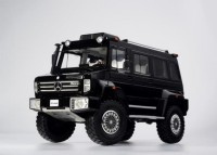 1/18 VEHICULE MINIATURE DE COLLECTION 4X4 Mercedes Unimog U5000 noir-2013-GLM