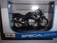 1/18 MOTO MINIATURE DE COLLECTION TRIUMPH SPRINTS RS-SPECIAL EDITION-MAISTO