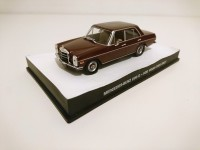 1/43 VOITURE MINIATURE Mercedes Benz 200D FOR YOUR EYES ONLY JAMES BOND 007 Edition Altaya