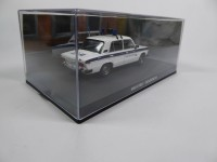1/43 DIORAMA VEHICULES FORCES DE L'ORDRE 1/43 LADA VAZ-2106 POLICE GOLDENEYE JAMES BOND 007-Eaglemoss / Universal HobbiesDY113