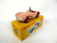 1/43 Aston Martin DB3 S rose-DINKY TOYS 104-Réédition Editions Atlas