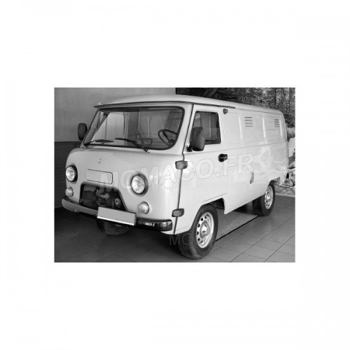 1 43 utilitaires miniature de collection uaz 452 fourgon 3741 blanc premium. Black Bedroom Furniture Sets. Home Design Ideas