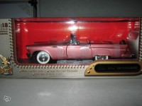 1/18 Ford Thunderbird 1957 Yatming Road Signature