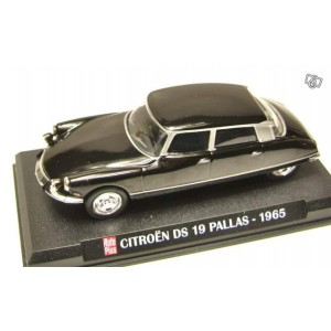 1/43 Citroën ds 19 pallas 1965 AUTO PLUS IXO