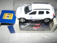 1/64 3 inches Dacia Duster medecin Norev