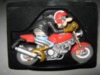 Figurine-Joe Bar Team moto Ducati 900 monster n°32