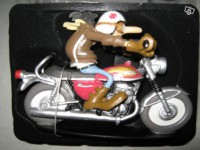 Figurine-Joe Bar Team moto Suzuki t500 n°34
