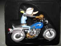 Figurine-Joe Bar Team moto Triumph 650 tiger tr8c N°40