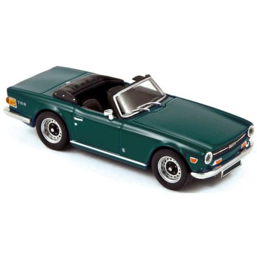 1 43 voiture triumph tr6 vert anglais 1970 norev vente de voitures miniatures pour collectionneurs. Black Bedroom Furniture Sets. Home Design Ideas